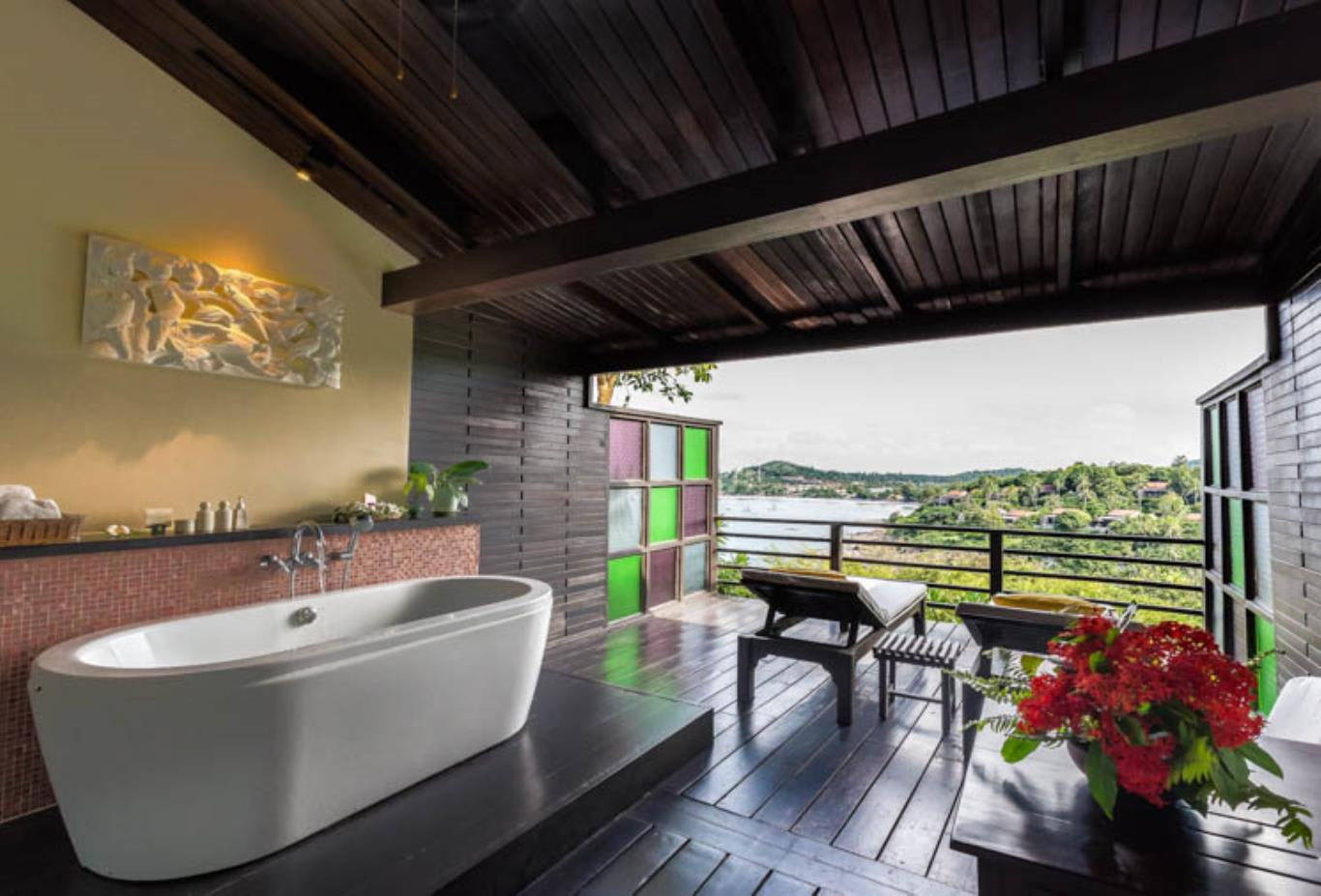Cottage Suite bathroom